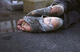 /images/homeless_feet.jpg